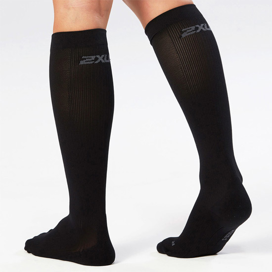 2XU Compression Performance Run Socks (Black-Black)