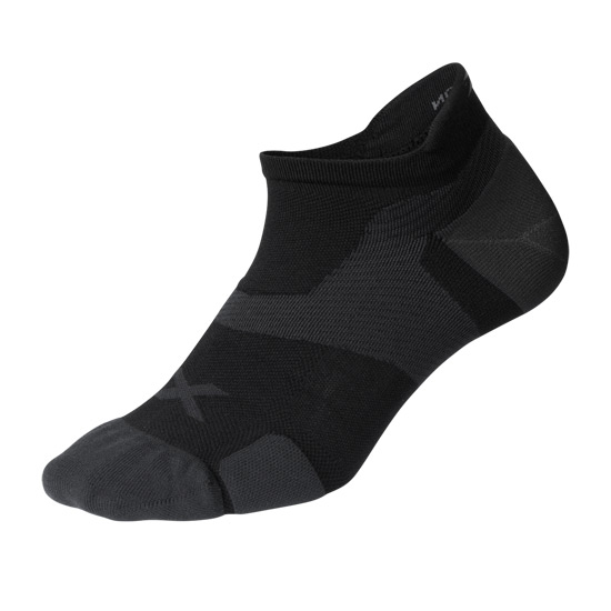 2XU Vectr Cushion No Show Socks (Black-Titanium)